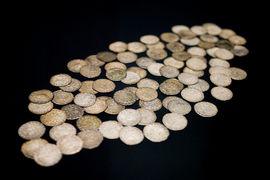Poklady numismatických sbírek