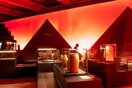 Výstava Sluneční králové je prodloužena do 6. června 2021